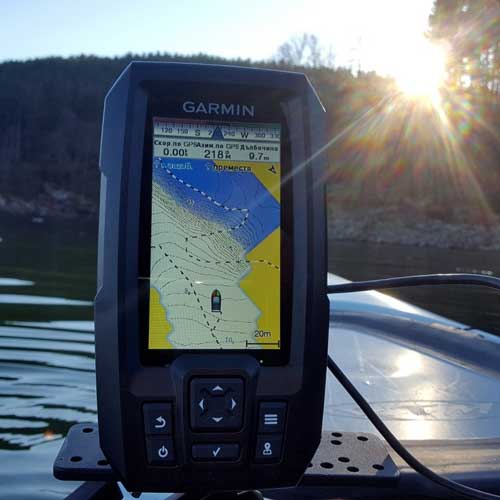 Garmin-Striker-4-CV-gps-navigation
